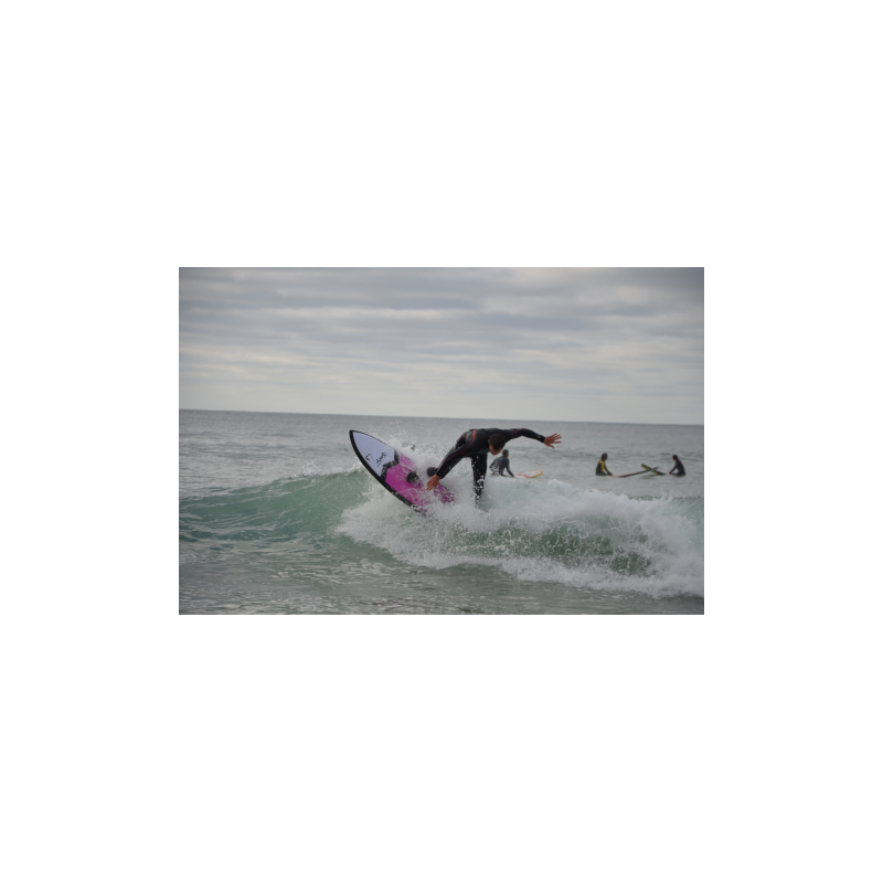 Surfboard 5'10 Rolly on wave 3